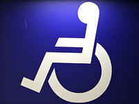 Na vlastní kůži: Prahou na invalidním vozíku