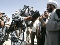 Líbání Koránu v Sadr City