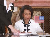 Riceová a Schwarzenberg podepisují smlouvu o radaru