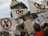 Antiradaroví aktivisté demonstrovali na Václavském náměstí