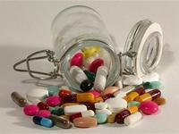 Léky. Ilustrační foto.