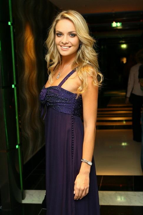 Official Thread of Miss World 2006 - Tatana Kucharova (Czech Republic) 1801396-vecirek-klenoty-aurum-tana-kucharova