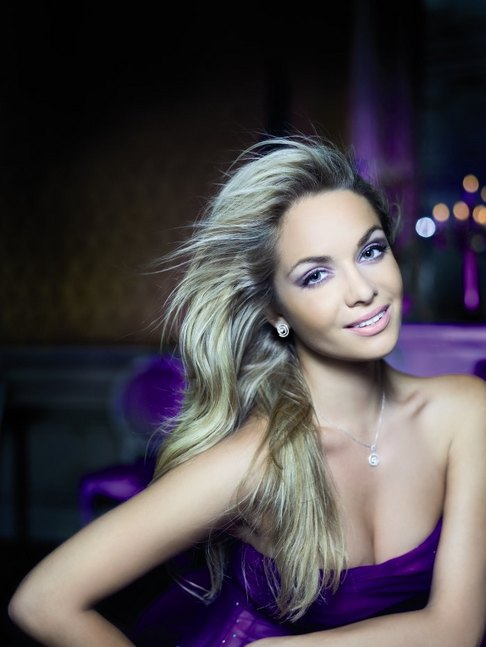 Official Thread of Miss World 2006 - Tatana Kucharova (Czech Republic) 1805641-tatana-kucharova