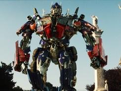 Transformers 2 - Pomsta poražených, Revenge of the Fallen