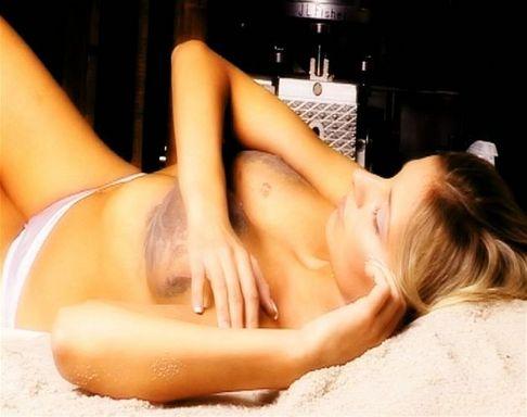Denisa Mendrejová v reklamě na diamanty