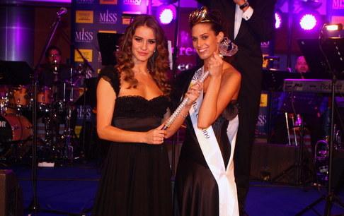 Večírek Miss ČR 2009 - Miss ČR 2008 Zuzana Jandová a Miss ČR 2009 Aneta Vignerová
