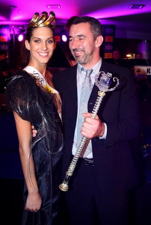 Večírek Miss ČR 2009 - Miss ČR Aneta Vignerová s přítelem