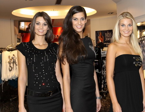 Missky si vybíraly oblečení od Denny Rose - Lucie Smatanová, Aneta Vignerová a Hana Věrná
