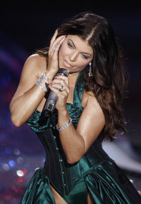 Victoria's Secret Fashion Show 2009 - Fergie