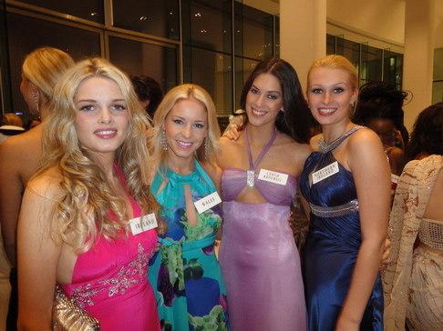 Aneta Vignerová na Miss World - galavečer v Abu Dhabí