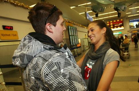 Aneta Vignerová přiletěla z Miss World - přivítání od bratra