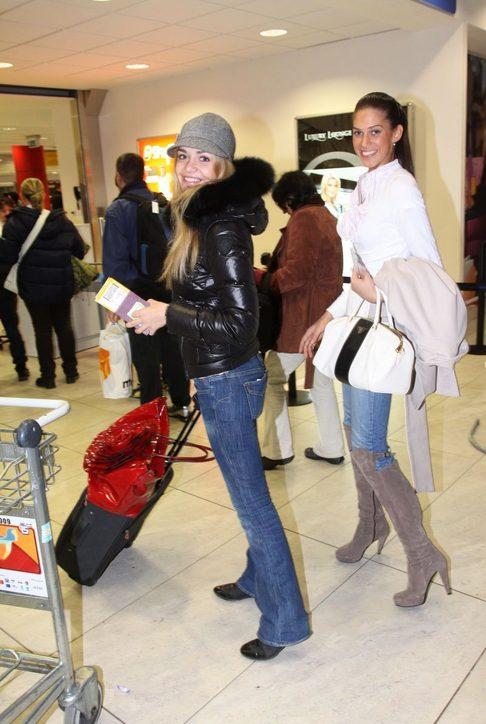 Taťána Kuchařová a Aneta Vignerová odletěly na Rallye Dakar