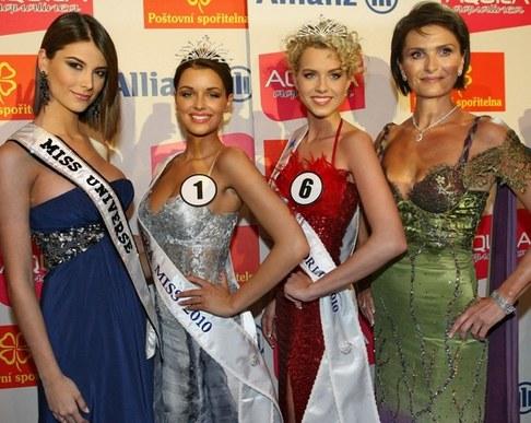Finálový večer České Miss 2010 - Stefania Fernández, Jitka Válková, Veronika Machová a Michaela Maláčová
