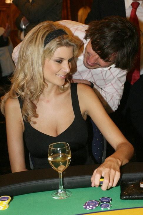 Křest kalendáře Celebrity Poker Tour - Iveta Lutovská s přítelem