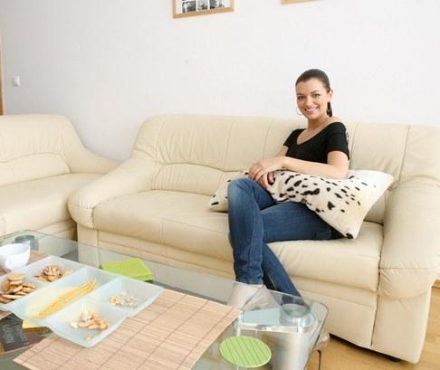 Miss Jitka Válková v novém bytě