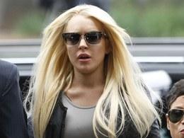 Lindsay Lohan míří k soudu a do vězení