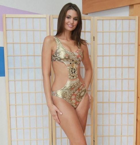 Lucie Smatanová v ateliéru Veroniky Benešové
