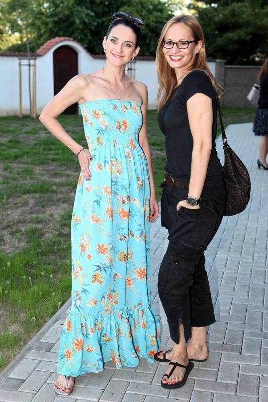 Slavnostní otevření nové restaurace El Asador - Monika Absolonová a Libuška Vojtková
