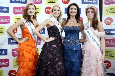 Česká Miss 2011 - Šárka Cojocarová, Jitka Nováčková, Michaela Maláčová a Denisa Domanská