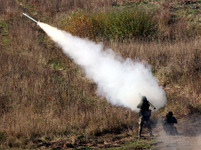 Odpálení přenosné protiletadlové řízené střely