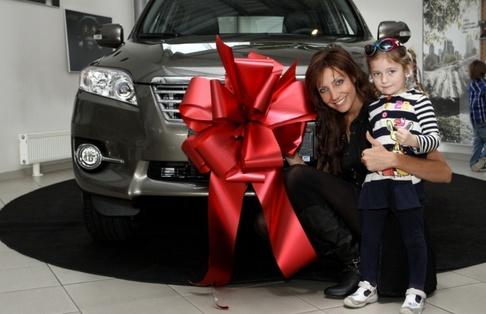 Olga Lounová oslavila s rodinou 30. narozeniny - se sestřičkou