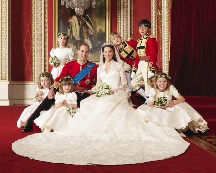 Rozhodli jste nej svatební šaty měla kate middleton