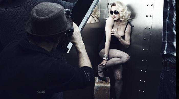 Madonna v reklamě na brýle