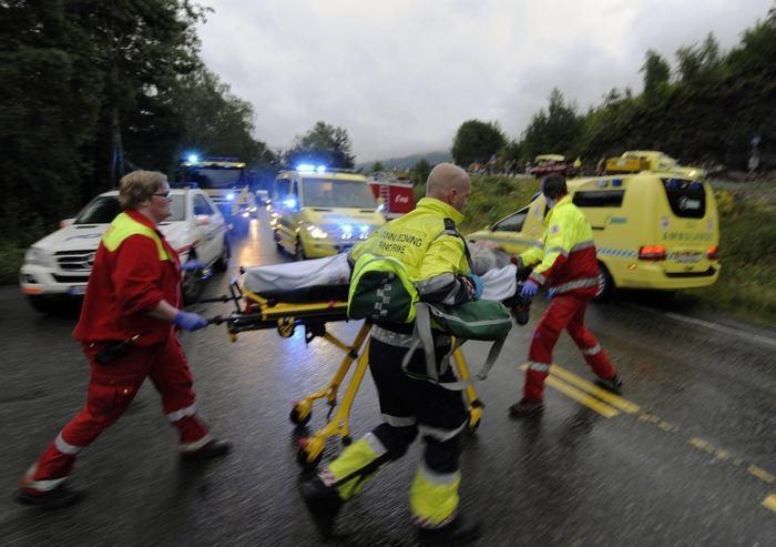 Masakr v norsku panika mrtví trosky a chaos