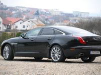 Test Jaguar XJ