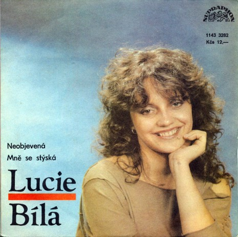 Takhle vypadala Lucie v dob�, kdy nazp�vala sv�j v�bec prvn� velk� hit - Neposlu�n� tenisky.