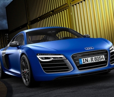 Audi R8 dostalo nov svtlomety a porci kon navc