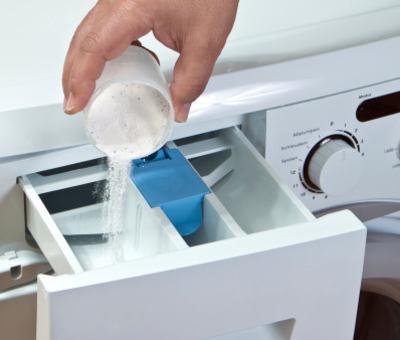 Jak odstranit zápach z pračky