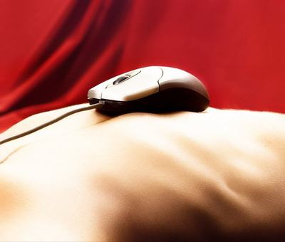 �ok: D�tskou pornografii nejv�ce ���� samy d�ti