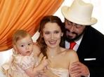 Ofici�ln� portr�t druh� rodiny Luciana Pavarottiho