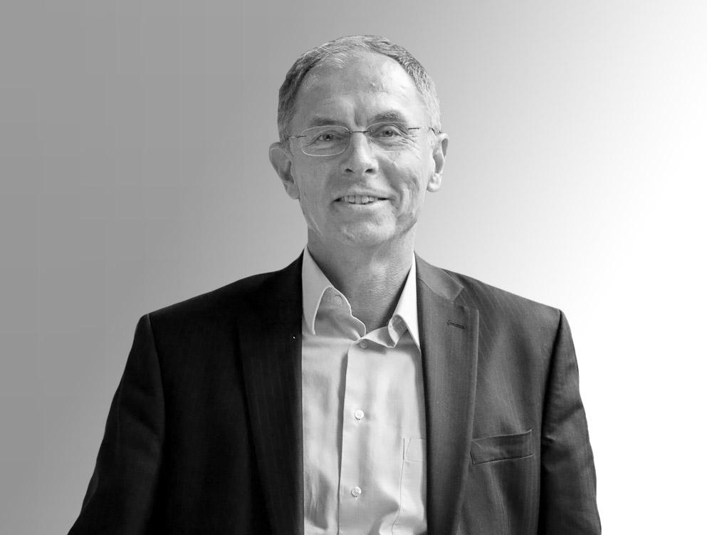 Jan Švejnar - Názory Aktuálně f3eb18c046